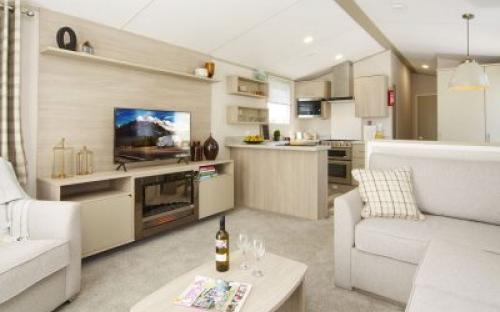 2021 Atlas Onyx Lounge